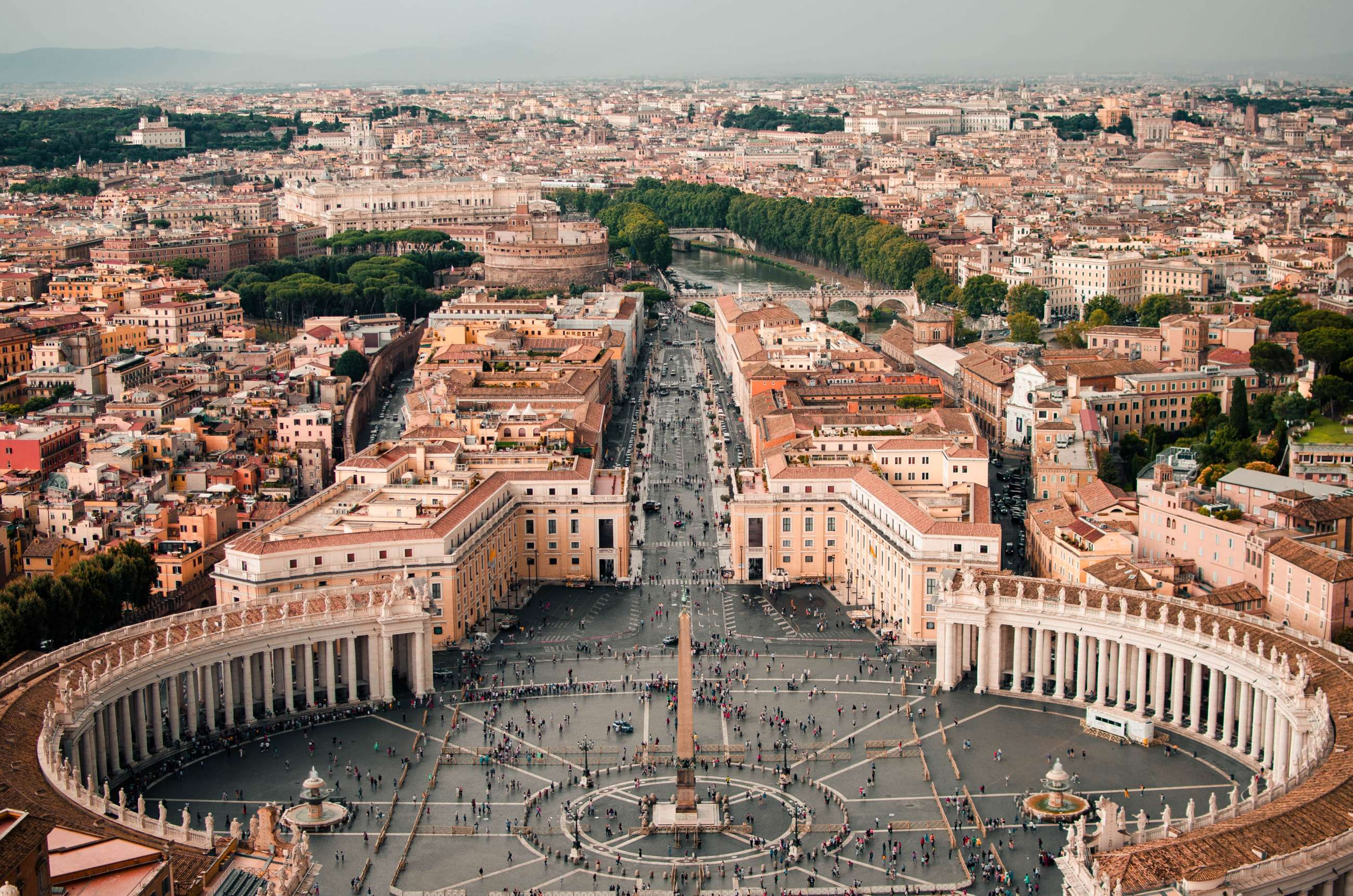 5 PLACES TO VISIT IN ROME